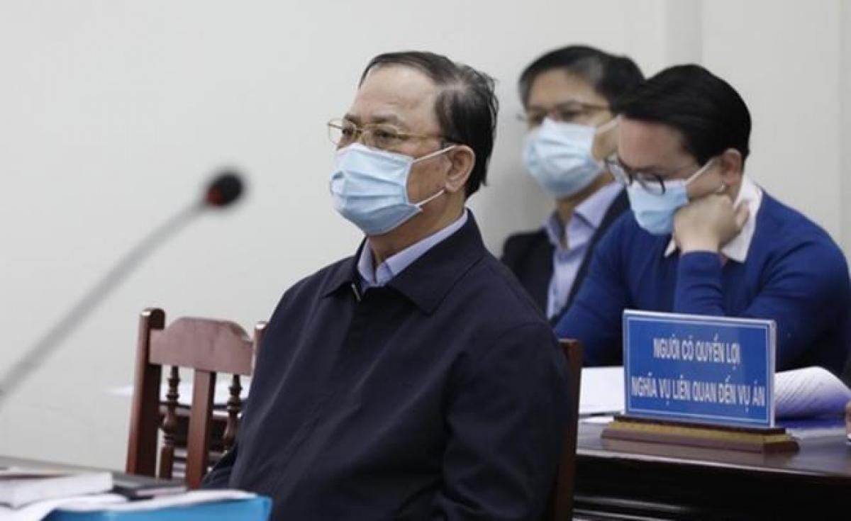 Bị cáo Nguyễn Văn Hiến được giảm 6 tháng tù giam.