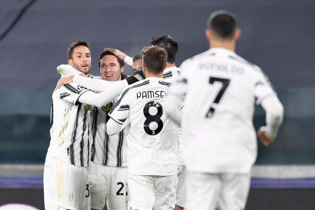 Trước khi Cristiano Ronaldo xé lưới Dinamo Dyiv ở phút 57, Federico Chiesa là người mở tỷ số cho Juventus với cú đánh đầu chuẩn xác ở phút 21. (Ảnh: Getty)