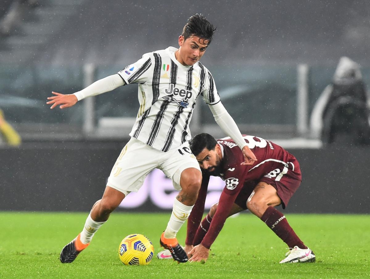 Sau bàn thua, Juventus dồn đội hình lên tìm bàn gỡ.