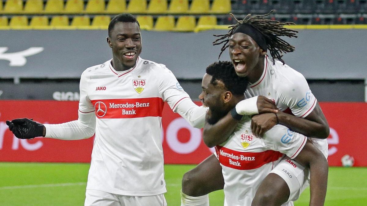 Stuttgart dễ dàng ghi đến 5 bàn vào lưới thủ thành Burki.