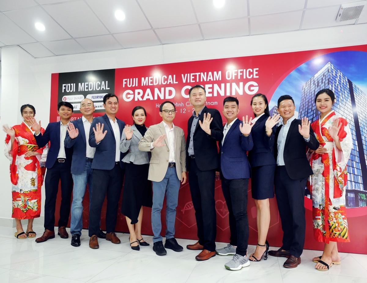 Lễ khai trương văn phòng đại diện mới của Fuji Medical Việt Nam.