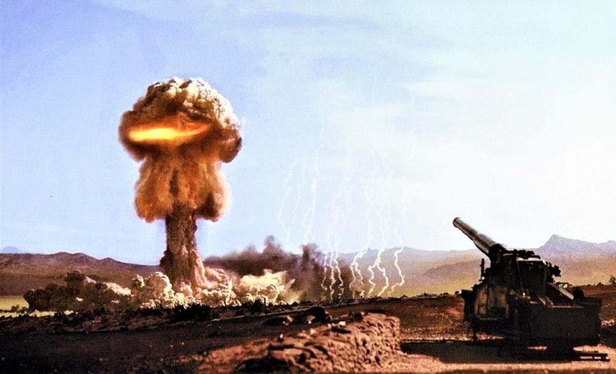 Việc sử dụng vũ khí hạt nhân chắc chắn sẽ kích hoạt một đòn trả đũa và dẫn đến chiến tranh tổng lực. Nguồn: taskandpurpose.com