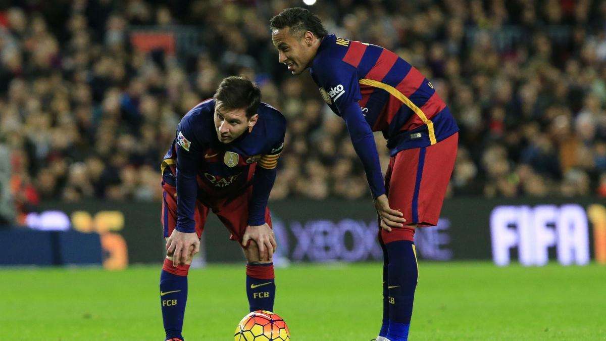Messi cùng Neymar trong trận đấu thứ 500 của anh dưới màu áo Barca. (Ảnh: Getty).