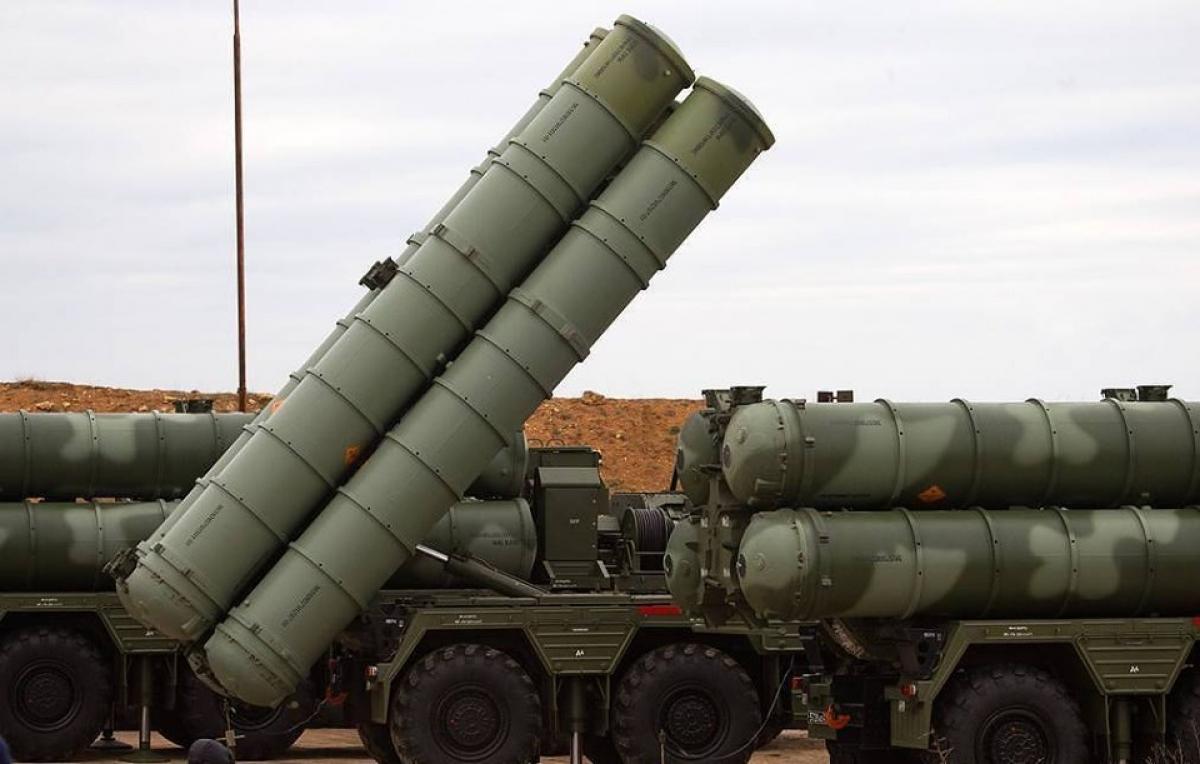 Hệ thống phòng không S-400 do Nga sản xuất. Ảnh: TASS