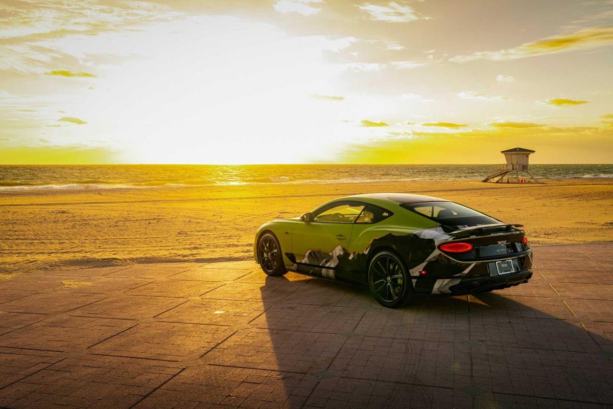 Phiên bản đặc biệt này được trang bị động cơ W12 tăng áp kép, dung tích 6.0 lít với công suất cực đại 626 mã lực và mô-men xoắn cực đại 900 Nm Sức mạnh này được truyền đến bánh sau thông qua hộp số tự động 8 cấp, nhờ đó, Continental GT W12 sẽ có khả năng tăng tốc lên 100 km/h trong 3,6 giây trước khi đạt tốc độ tối đa 333 km/h.