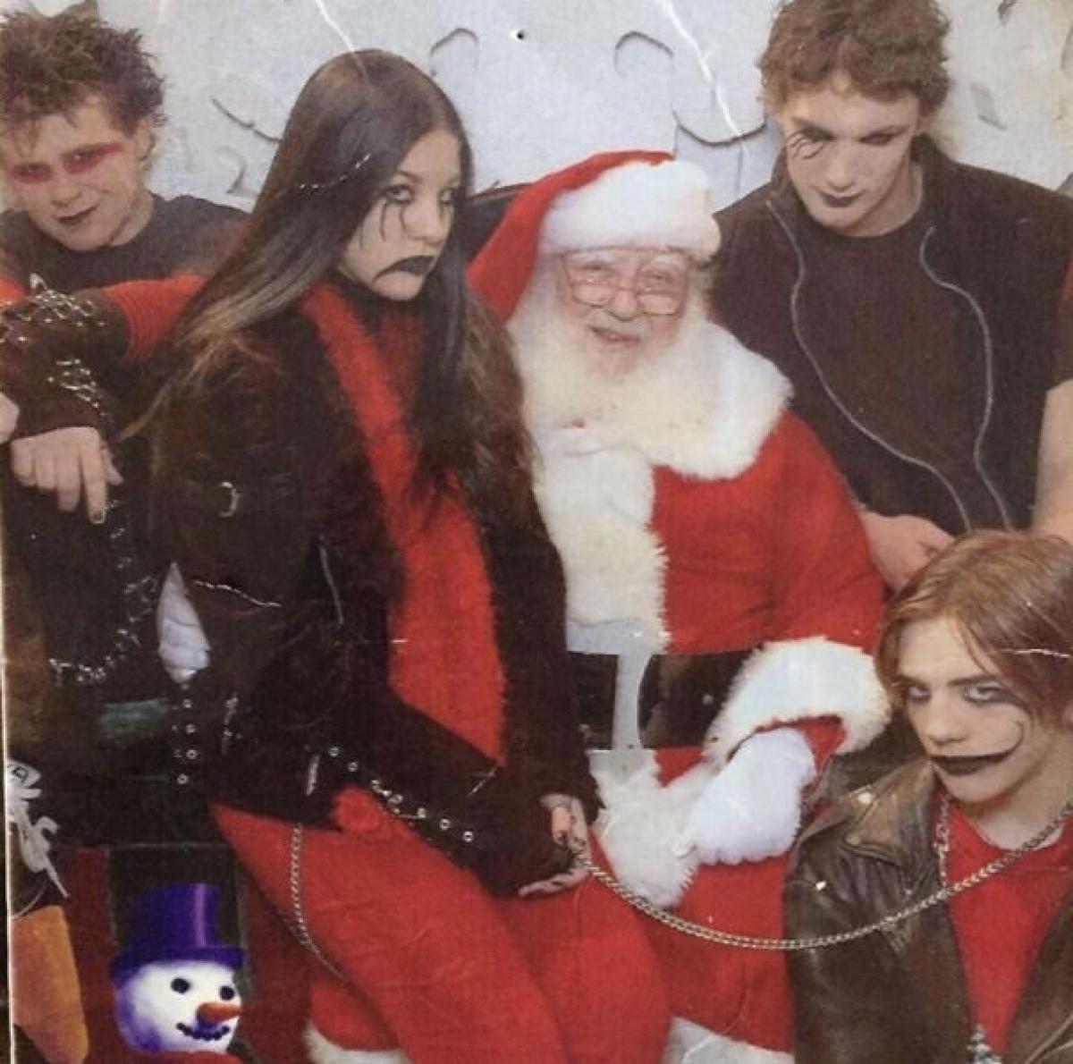 Đón Giáng sinh với phong cách thật ngầu.