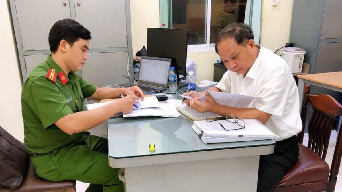 Ông Tất Thành Cang tại Cơ quan Cảnh sát điều tra CATPHCM