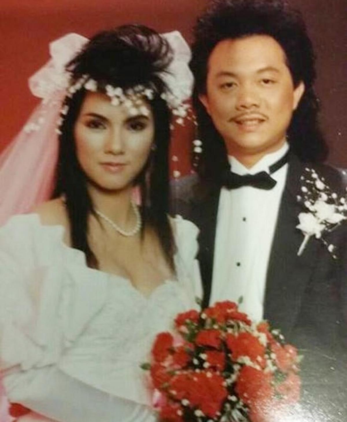 Chí Tài sinh năm 1958. Trước khi trở thành diễn viên hài, ChíTàilà nhạc sĩ kiêm ca sĩ.Vợ danh hài Chí Tài là Phương Loan, từng là ca sĩ trong ban nhạc Chi Tai Brothers được thành lập vào những năm 70.