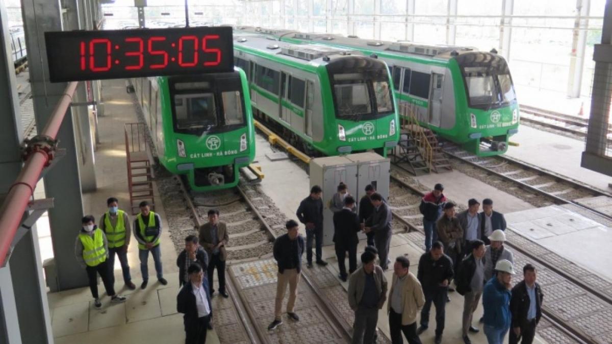 Hôm nay (31/12), đường sắt Cát Linh - Hà Đông tiến hành ngày vận hành thử cuối cùng, chuẩn bị cho các công đoạn bàn giao khai thác thương mại cho thành phố Hà Nội.
