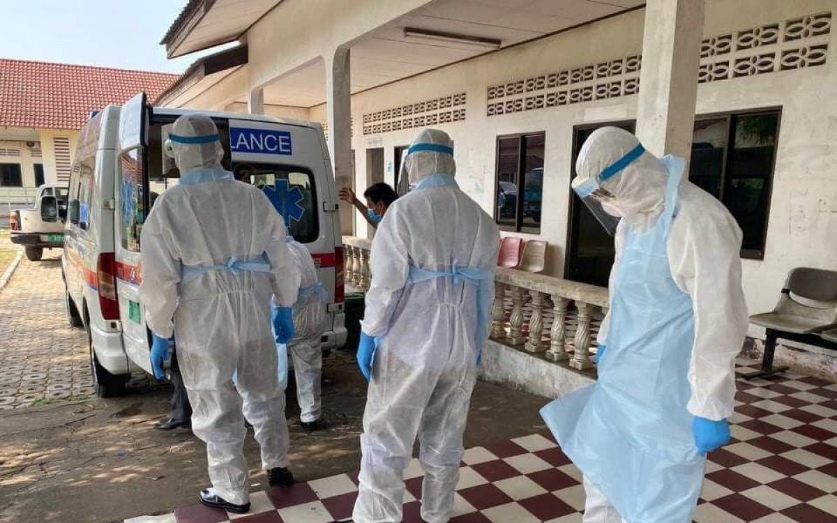 Nhân viên y tế Covid-19. Ảnh: Bộ Y tế Campuchia.