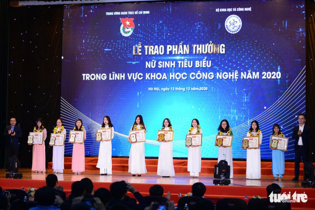 Gương mặt nữ sinh viên tiêu biểu trong lĩnh vực khoa học công nghệ năm 2020.Ảnh: Dương Triều/Tuổi trẻ.
