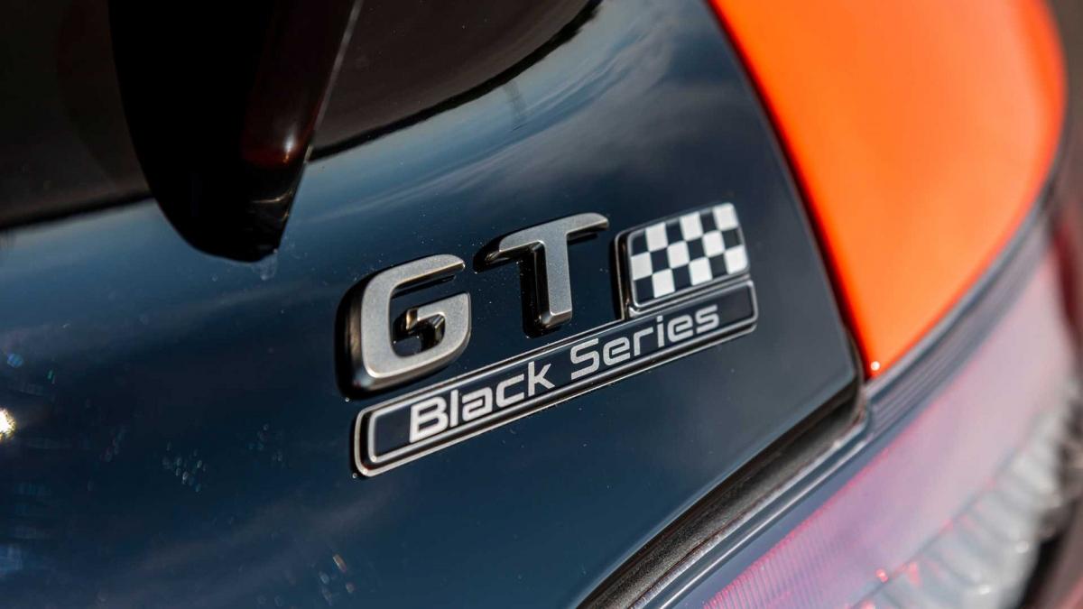 Những chiếc AMG GT Black Series đầu tiên sẽ đặt chân đến Mỹ vào đầu năm sau.
