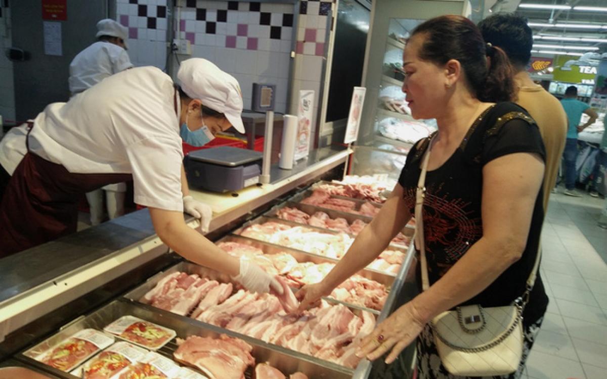 Giá thịt lợn đang dao động từ 110.000 - 160.000 đồng/kg.