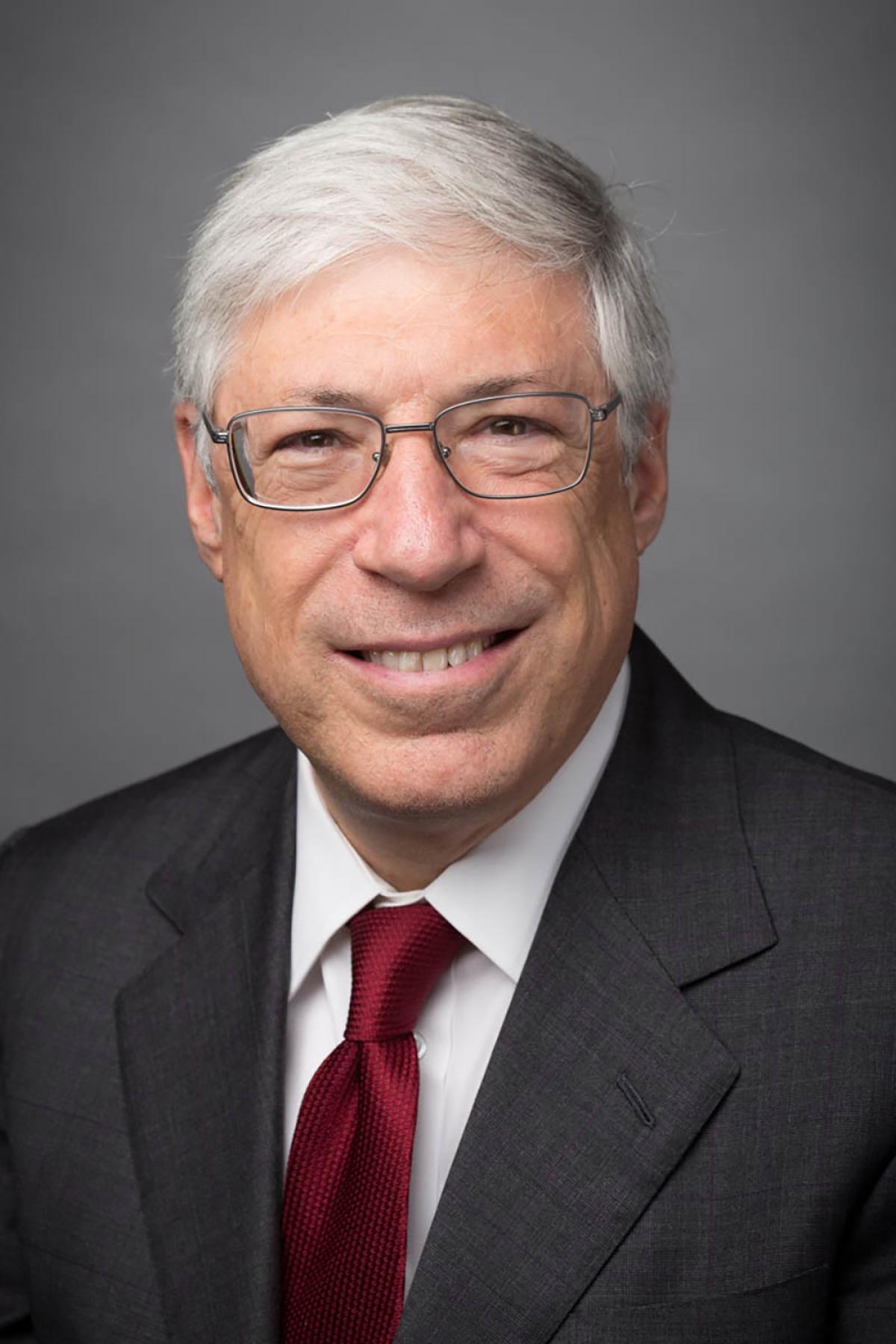 Nhà nghiên cứu Mark Kramer.