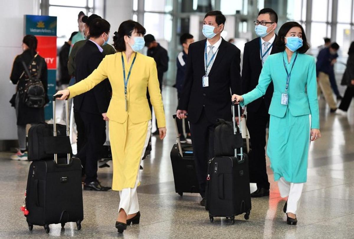 Vietnam Airlines xin lỗi vì có ca lây nhiễm SARS-CoV-2 từ tiếp viên của hãng ra cộng đồng do không tuân thủ quy định cách ly. (Ảnh minh họa)
