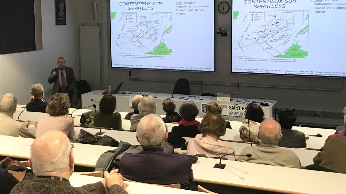 Hội thảo về Biển Đông tại vùng Bretagne - Pháp