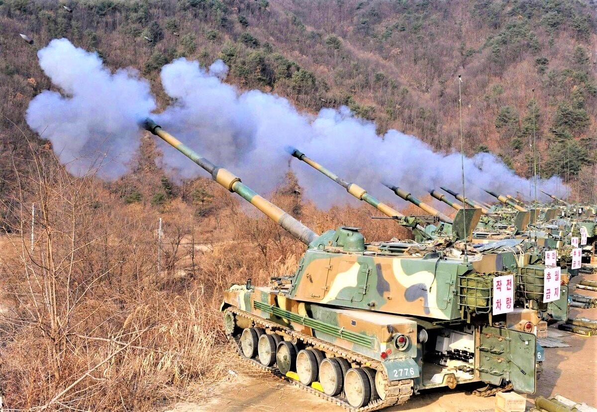 Bắt đầu vào cuối năm nay, chương trình pháo robot Hàn Quốc dự kiến sẽ được đưa vào ứng dụng vào khoảng năm 2040; Nguồn: defensenews.com