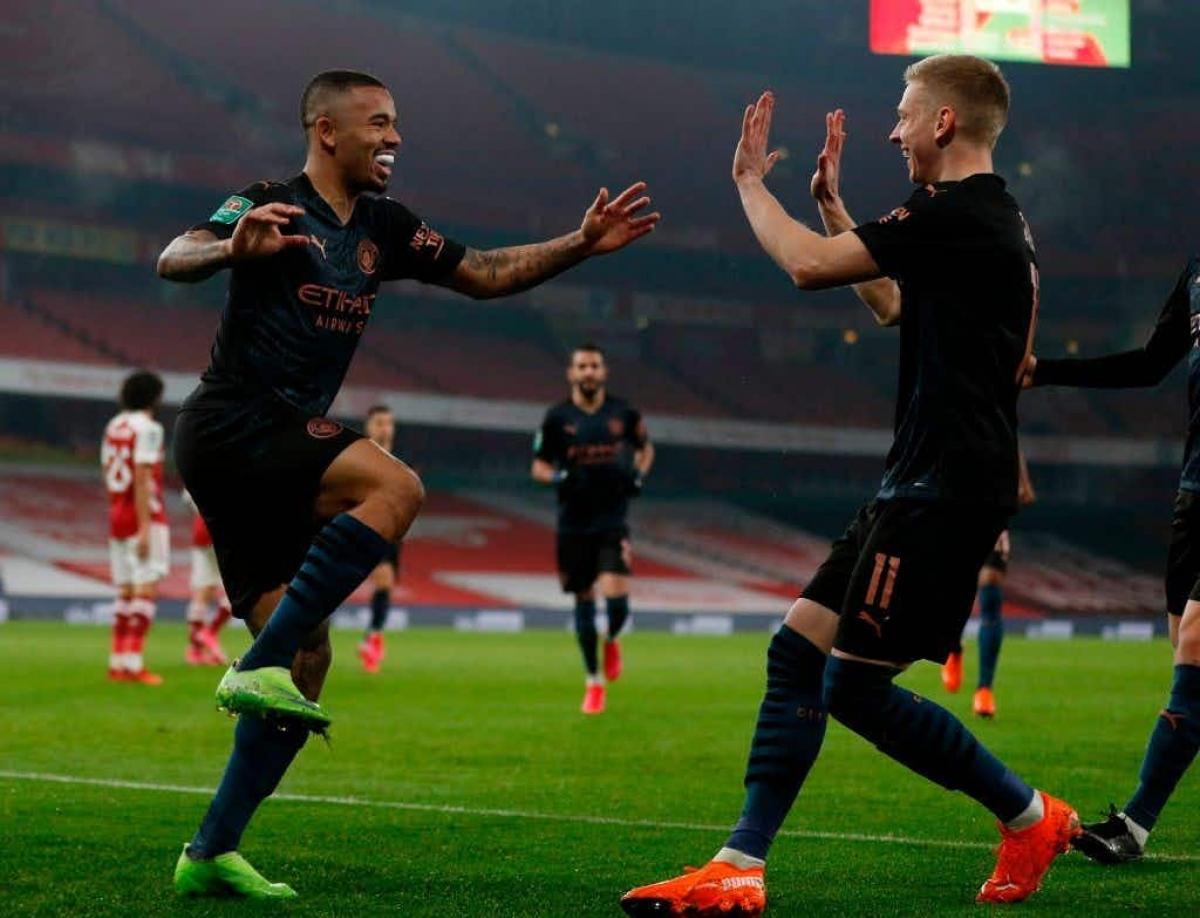 Man City dễ dàng thắng Arsenal để tiến vào bán kết Cúp Liên Đoàn Anh. (Ảnh: Getty).