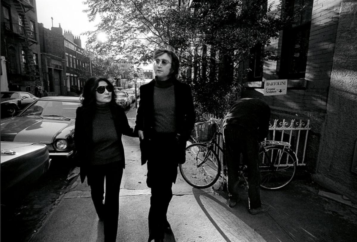 Họ cùng nhau biểu diễn trên sân khấu, thư giãn ở nhà hay chỉ đơn giản là đi dạo trêncác con phố thuộc khu West Village trong những bộ trang phục đồng điệu.