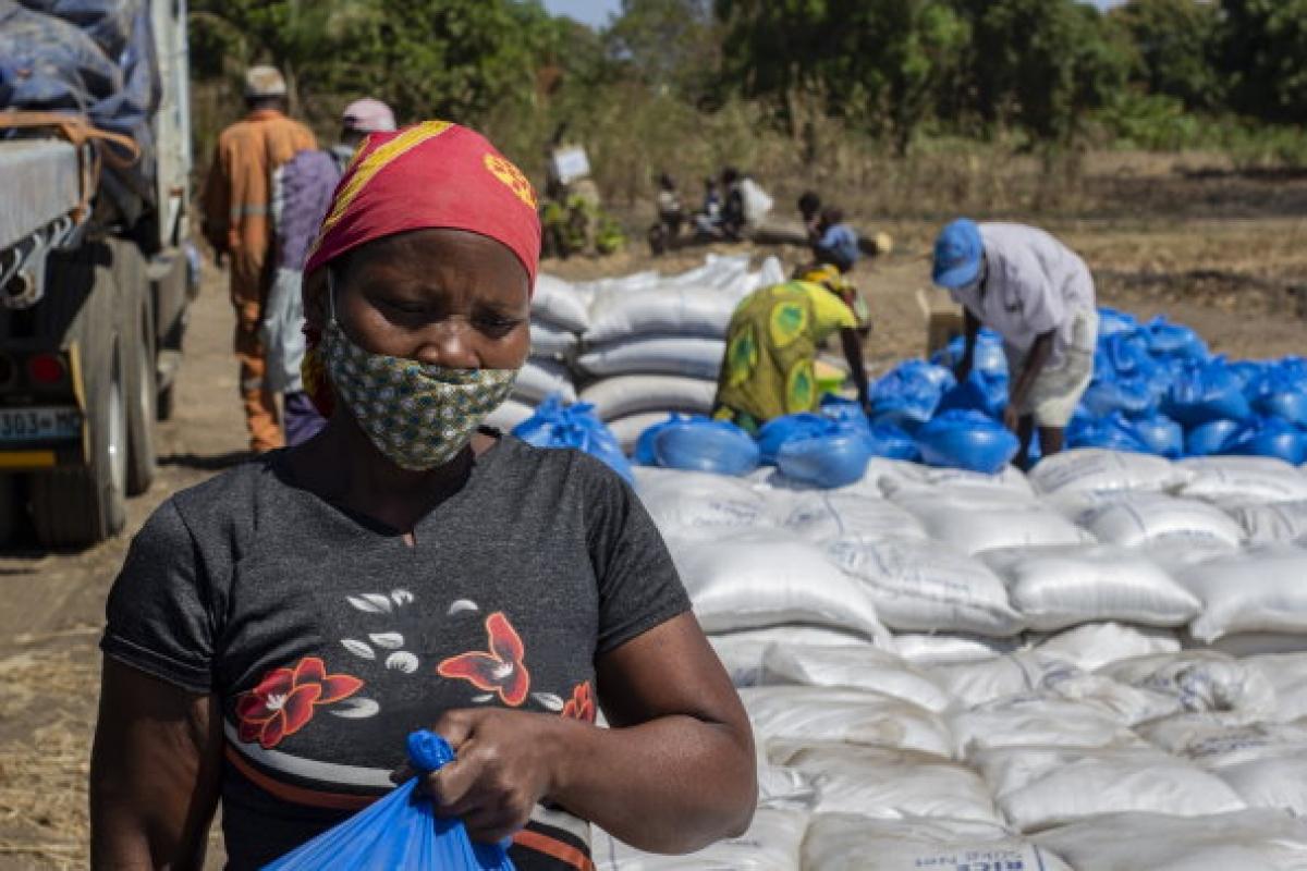 Theo WFP, số người phải đối mặt với tình trạng suy dinh dưỡng có thể tăng 80% vào cuối năm nay. Ảnh: WFP