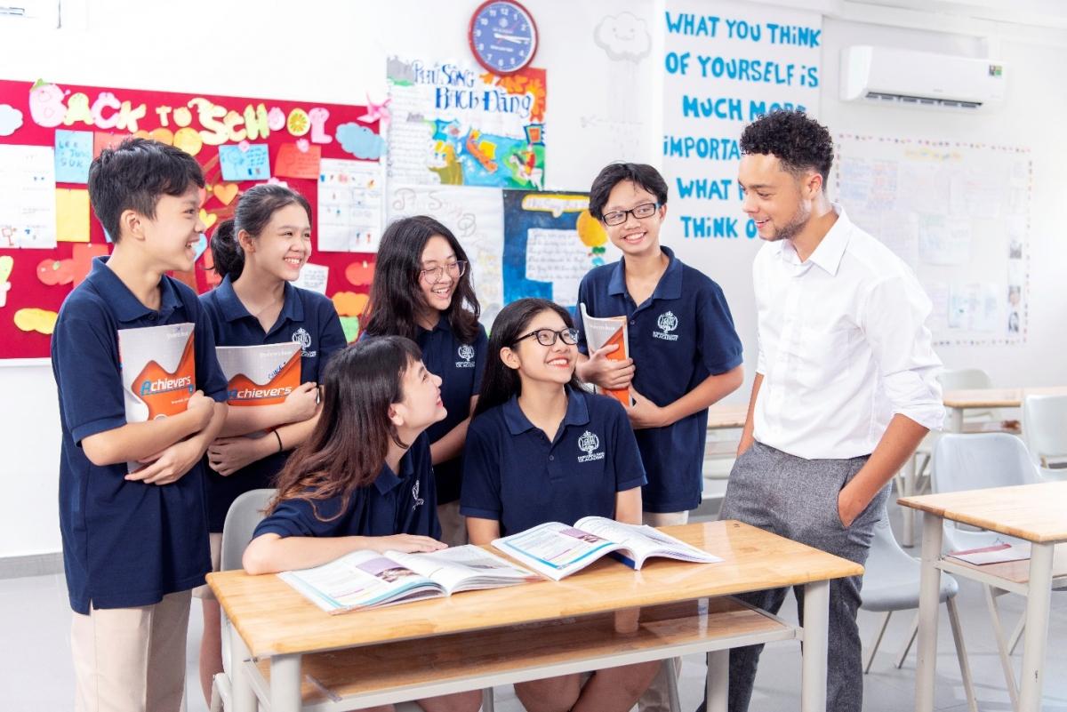 Các học sinh thuộc các trường IEC Quảng Ngãi, Hệ thống trường UK Academy và iSchool sẽ có cơ hội nhận được 2 bằng Tú tài Mỹ và Việt Nam sau khi tốt nghiệp lớp 12