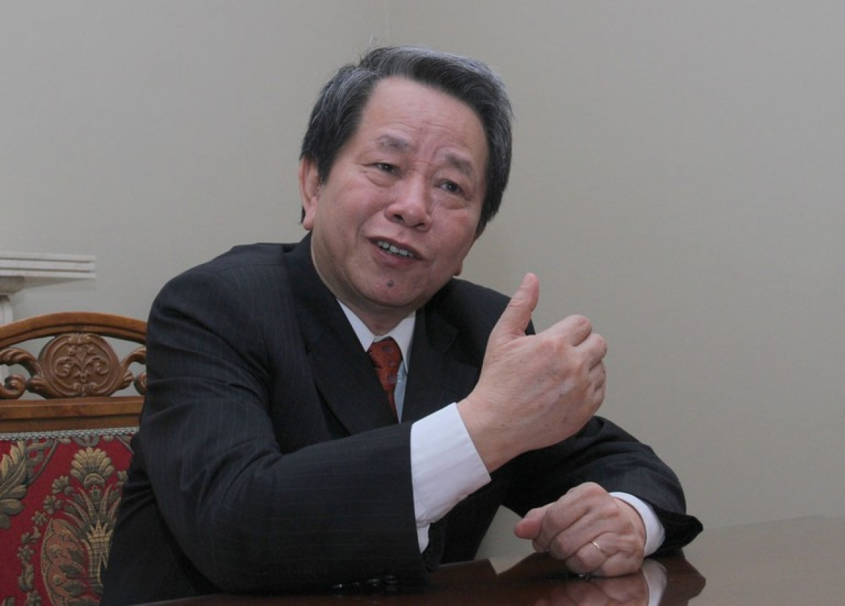 Nhà nghiên cứu Nguyễn Trần Bạt. Ảnh: Thanh niên