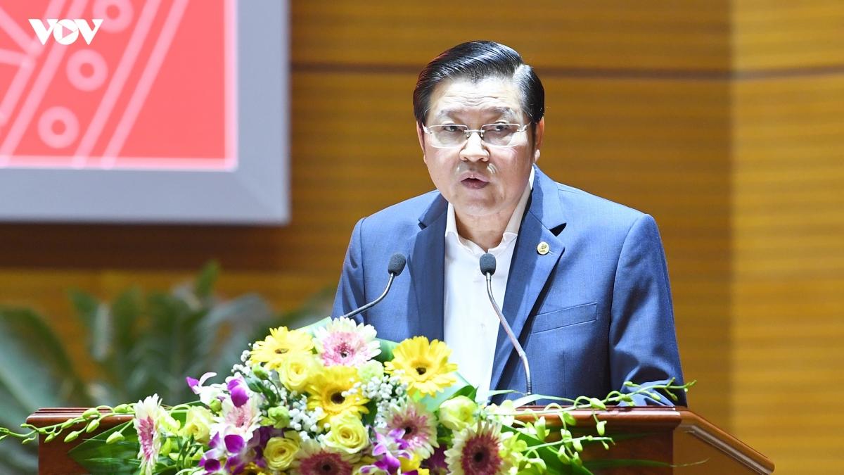 Ông Phan Đình Trạc - Bí thư Trung ương Đảng, Trưởng Ban Nội chính Trung ương trình bàyBáo cáo về tình hình, kết quả công tác phòng, chống tham nhũng tạiHội nghị toàn quốc tổng kết công tác phòng, chống tham nhũng giai đoạn 2013-2020.