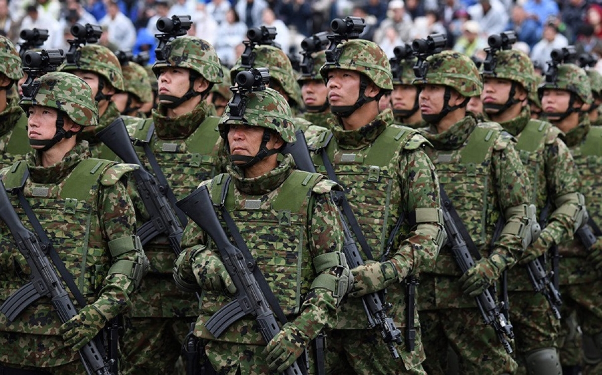 Quân đội Nhật Bản. Ảnh: Economist.