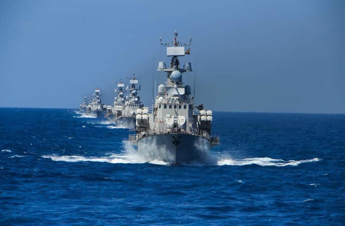 Cán bộ chiến sĩ xác định tàu là nhà, biển đảo là quê hương