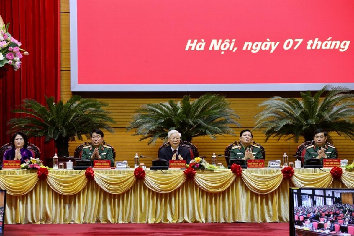 Tổng Bí thư, Chủ tịch nước Nguyễn Phú Trọng nhấn mạnh: Phải chăm lo xây dựng quân đội vững mạnh về chính trị, tư tưởng, tổ chức và đạo đức. Ảnh: TTXVN