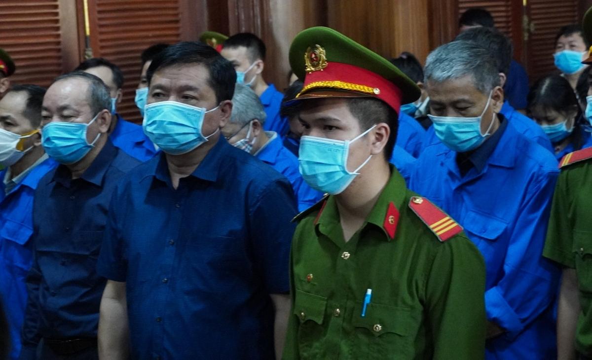 Bị cáo Đinh La Thăng tại tòa