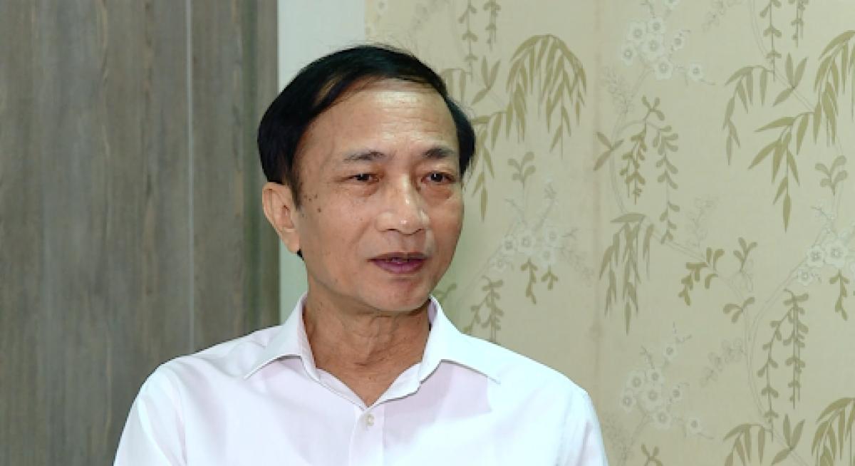 TS Hoàng Ngọc Vinh: Làm giảng viên ở trường đại học mà mua bằng thì nên chuyển nghề khác mà làm.