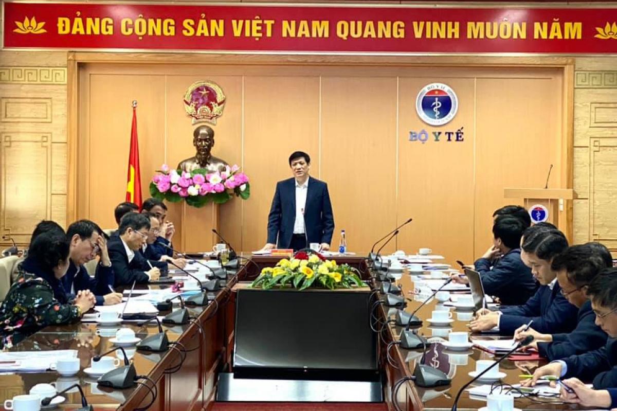 GS. TS Nguyễn Thanh Long- Bộ trưởng Bộ Y tế đã chủ trì cuộc họp báo cáo tình hình nghiên cứu sản xuất vaccine Covid-19 trong nước.