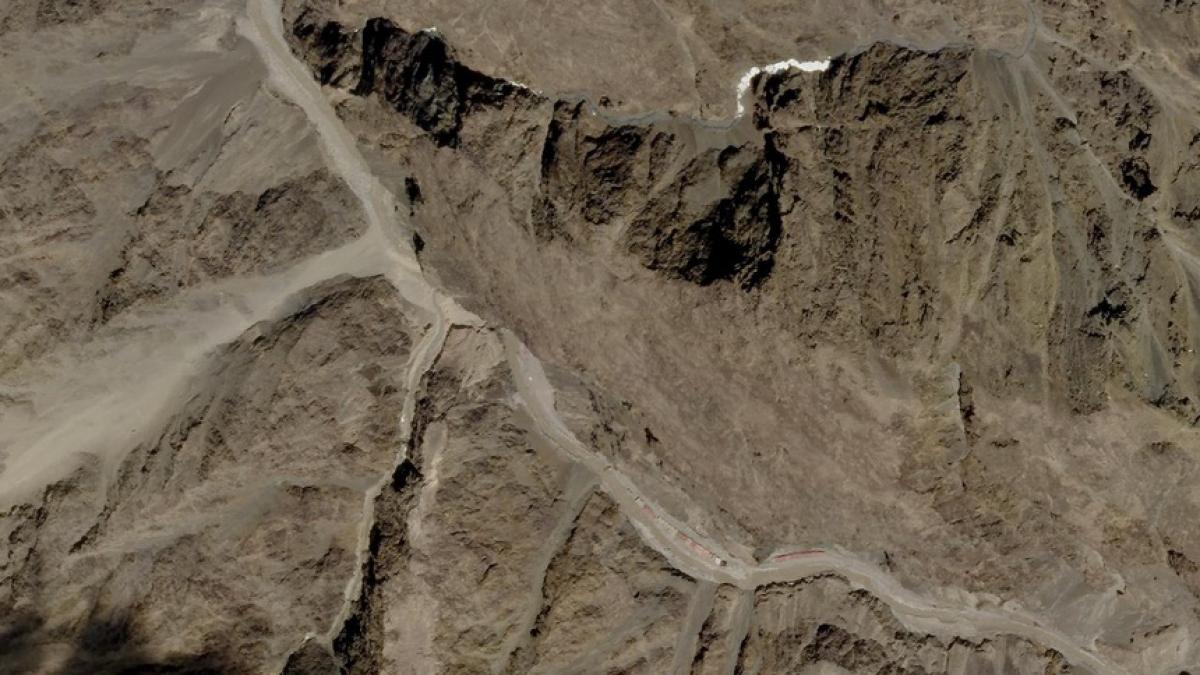Ảnh chụp vệ tinh thung lũng Galwan, vùng Đông Ladakh, ngày 9/6. Ảnh:Reuters.