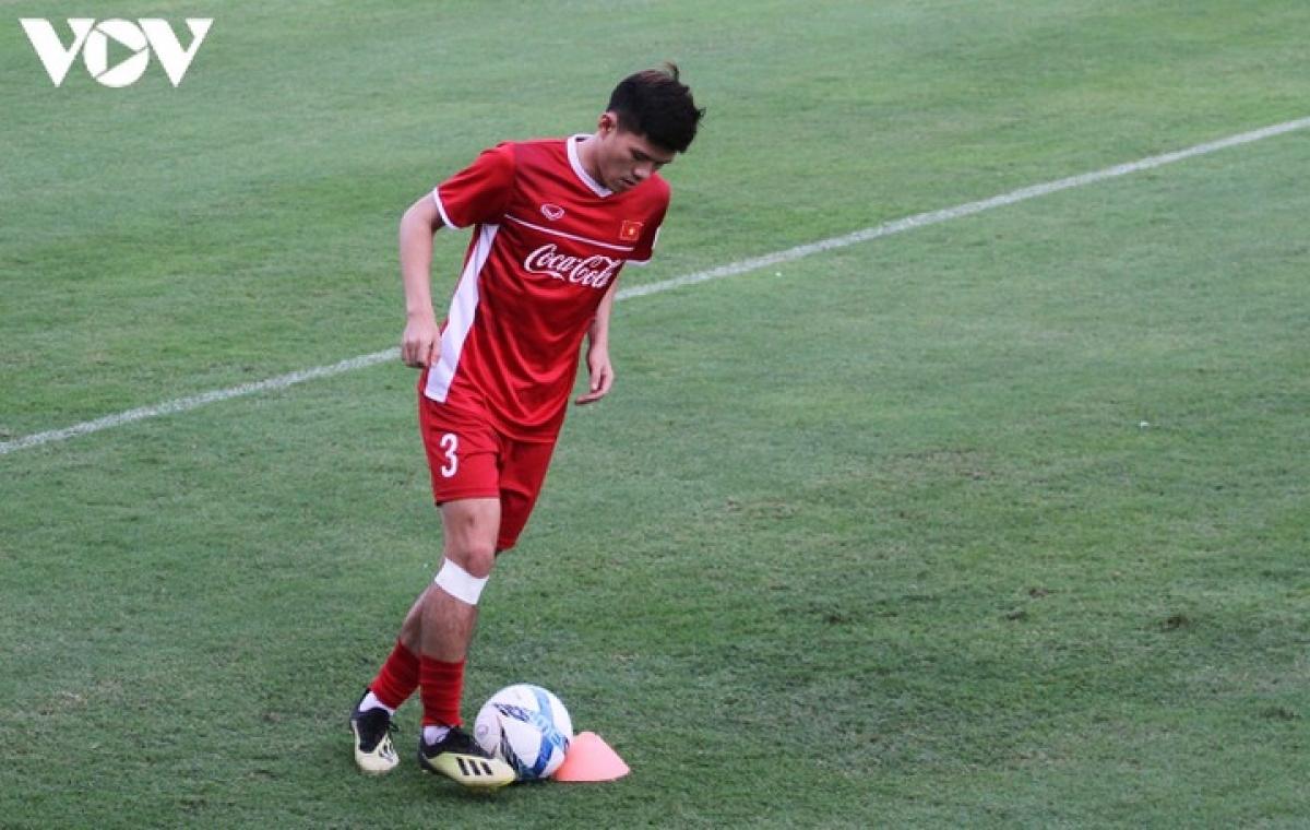 Hậu vệ: Dương Thanh Hào