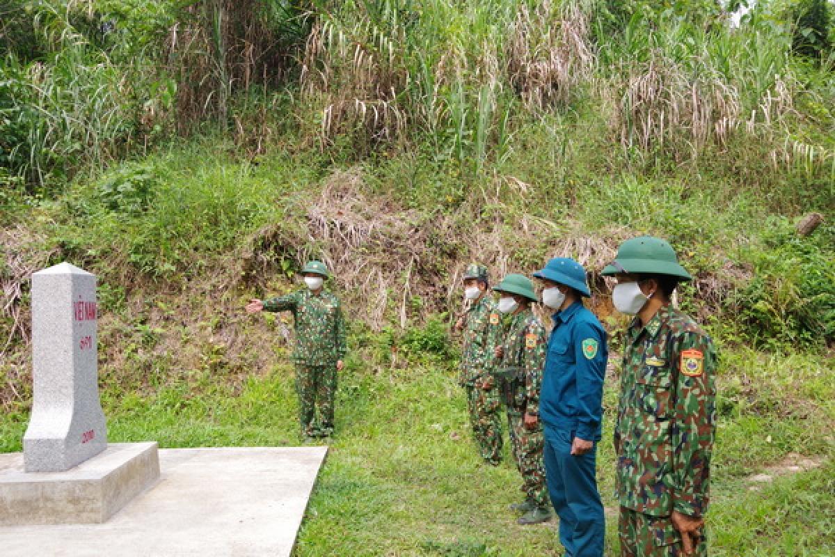Bộ đội biên phòng Quảng Nam vừa phòng chống dịch Covid-19 vừa bảo vệ cột mốc biên giới