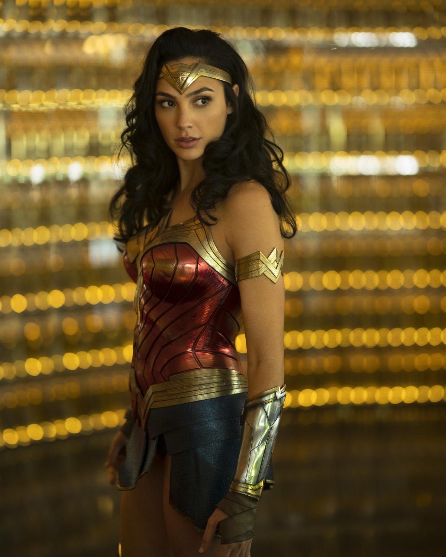 """Gal Gadot tiếp tục đảm nhận vai nữ chính trong bom tấn """"Wonder Woman 1984""""."""