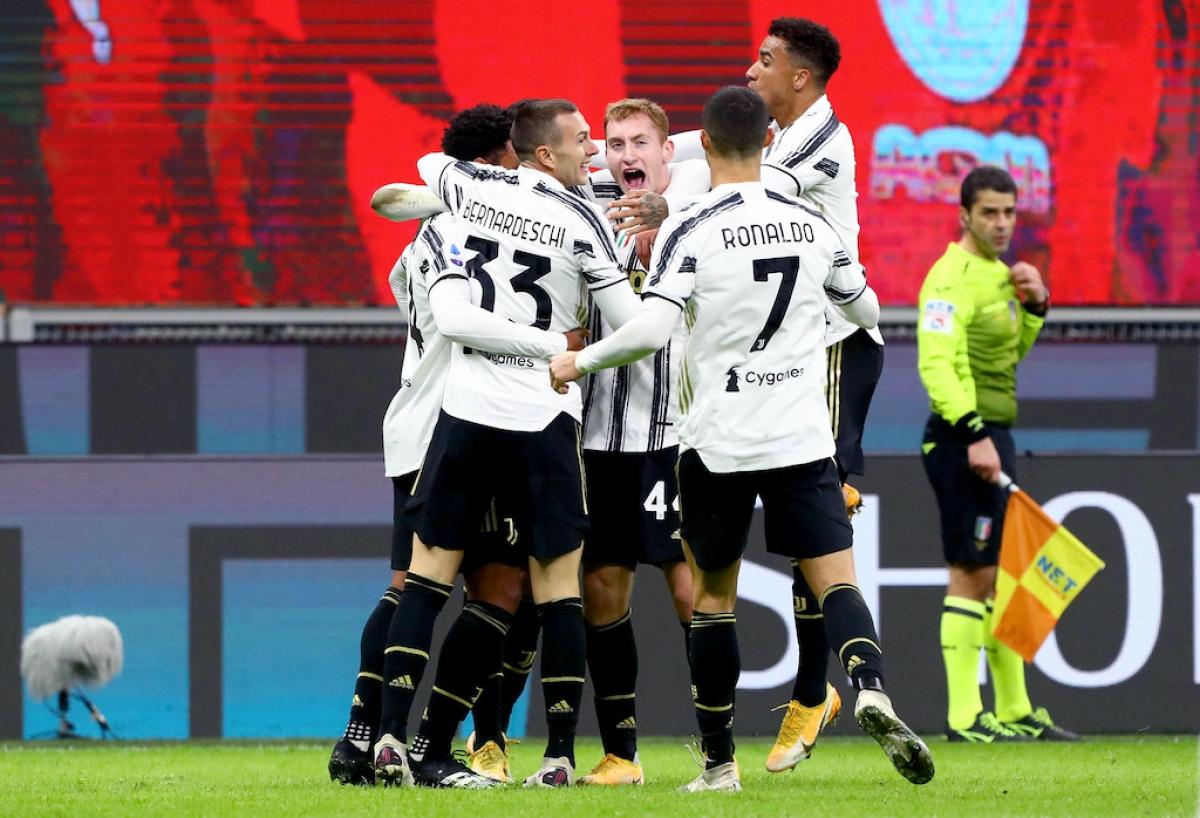 Cristiano Ronaldo có trận đấu khá im ắng trước AC Milan khi chỉ tung ra 2 cú dứt điểm (bị chặn cả 2), nhưng siêu sao người Bồ Đào Nha đóng vai trò quan trọng trong cả 3 bàn thắng của Juventus.