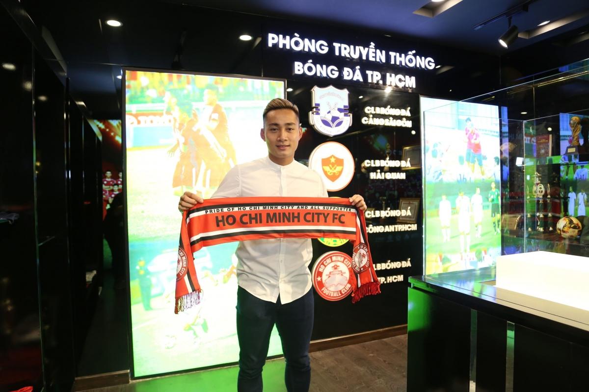 Tiền đạo: Hồ Tuấn Tài - Tuyển thủ ĐT Việt Nam dưới thời HLV Nguyễn Hữu Thắng và HLV Park Hang Seo