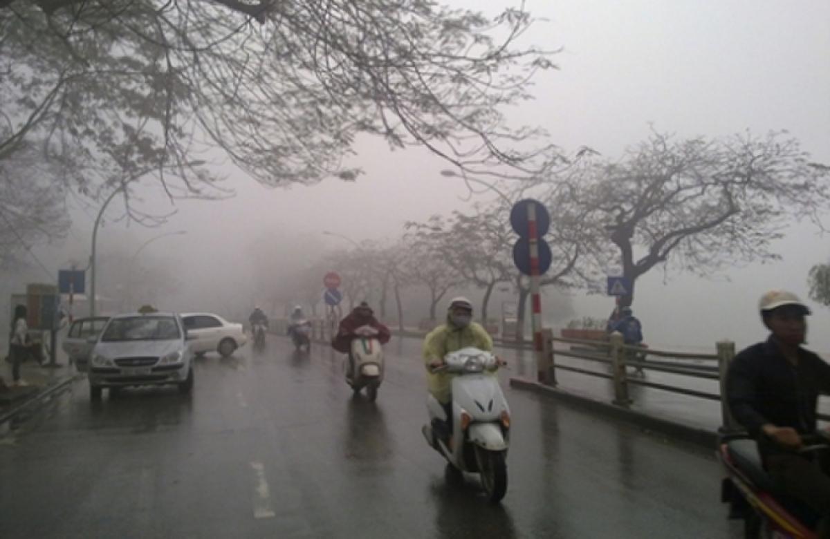 Miền Bắc sương mù bao phủ ô nhiễm ở mức báo động.