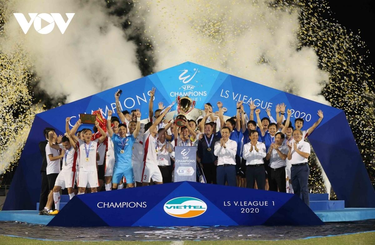 Viettel đại diện Việt Nam dự AFC Champions League 2021 sau khi vô địch V-League 2020. (Ảnh: Minh Hoàng).