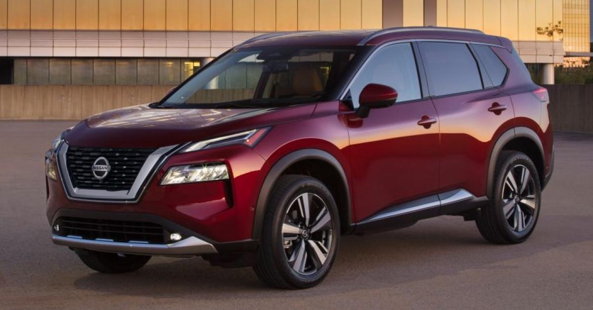 12. Nissan Rogue - 227.935 chiếc (giảm 35% so với năm 2019)