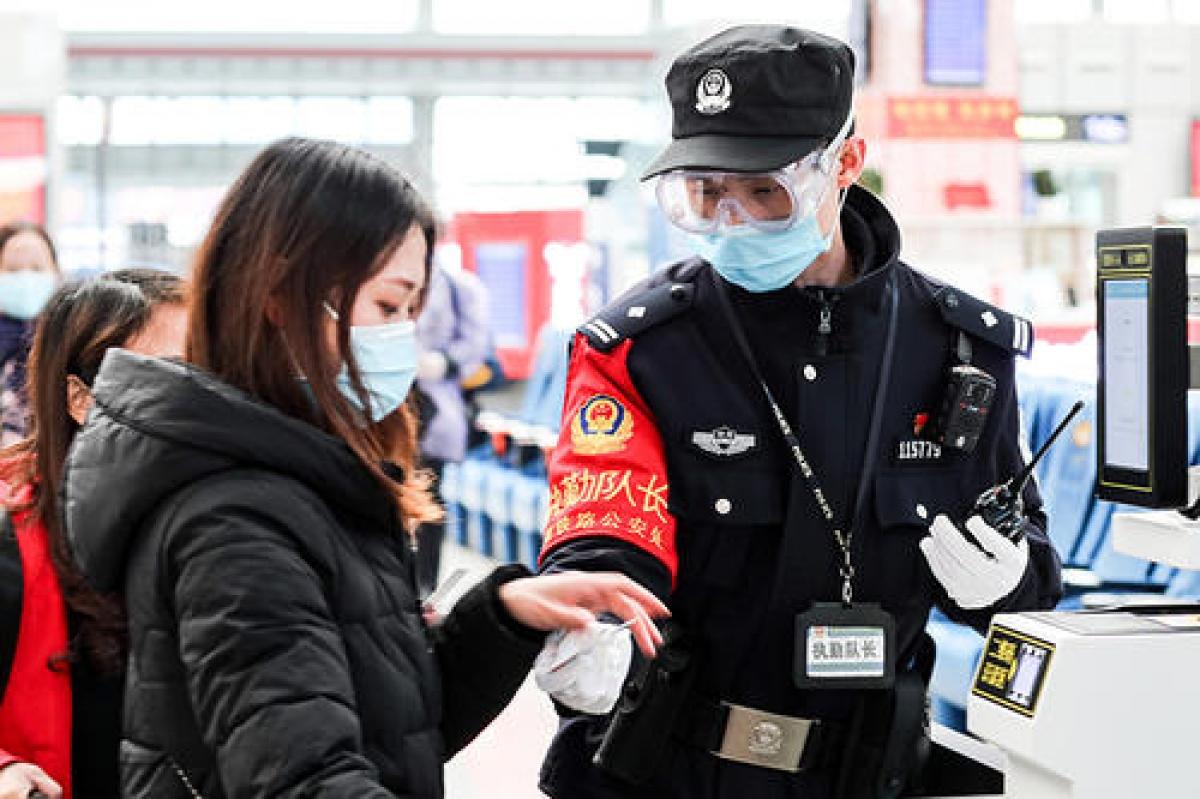 Trung Quốc tăng cường kiểm soát phòng chống dịch dịp Xuân vận. Nguồn: Tân Hoa xã.