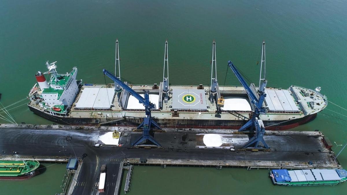 PVFCCo thực hiện các đơn hàng xuất khẩu với khối lượng lớn nhất từ trước tới nay.