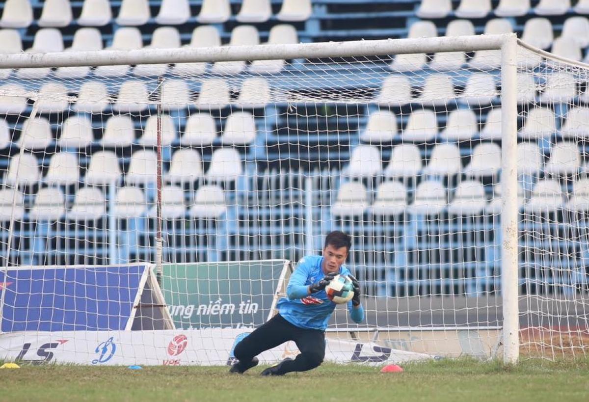 Thủ môn: Bùi Tiến Dũng - Thành viên ĐT Việt Nam vô địch AFF Cup 2018