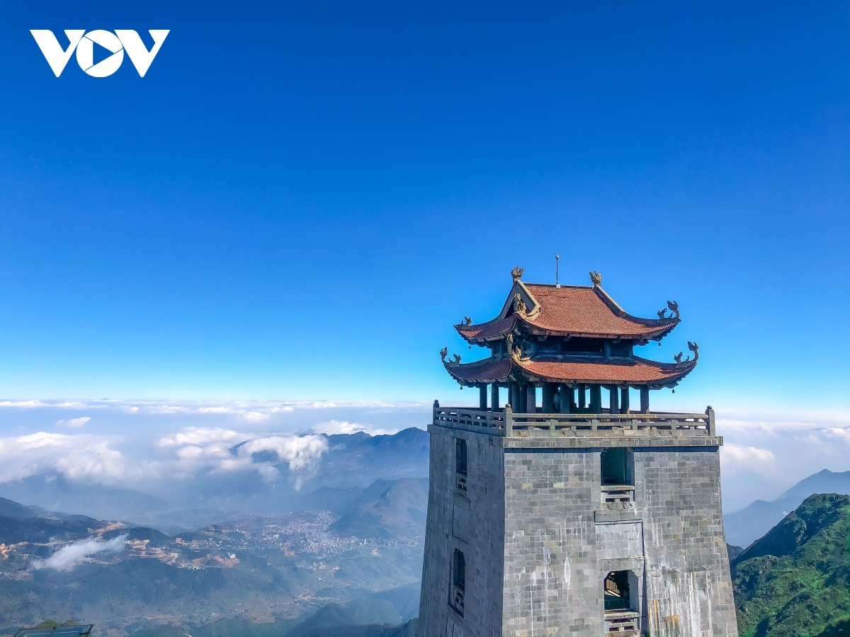 The best time to experience the magnificent clouds of Sa Pa is between October to April. Pictured is the beautiful scenery found in Sa Pa, featuring ancient temples among majestic mountains and clouds