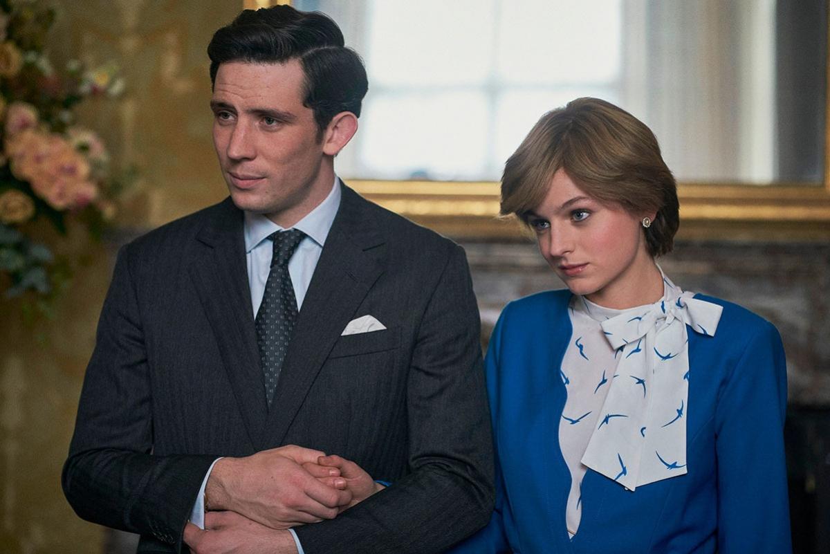 Hai diễn viên trẻ Josh O'Connor và Emma Corrin tái hiện hình ảnh Thái tử Charles, Công nương Diana.