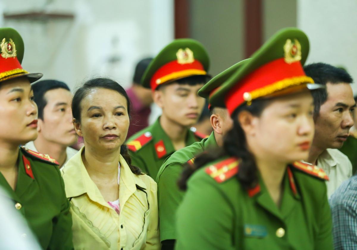 Bà Trần Thị Hiền trong phiên tòa phúc thẩm bị hoãn trước đó vào ngày 15/6/2020