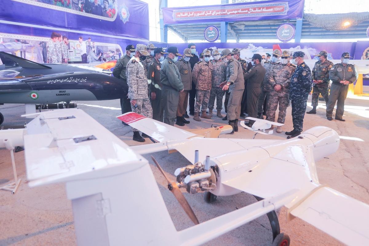 Máy bay không người lái được trưng bày tại Semnan. Nguồn: Reuters