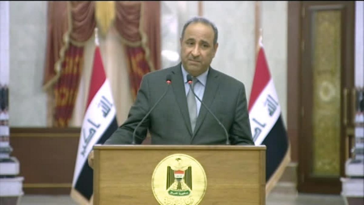 Ông Hassan Nadhim - Phát ngôn viên Hội đồng Bộ trưởng Iraq. Nguồn: Reuters